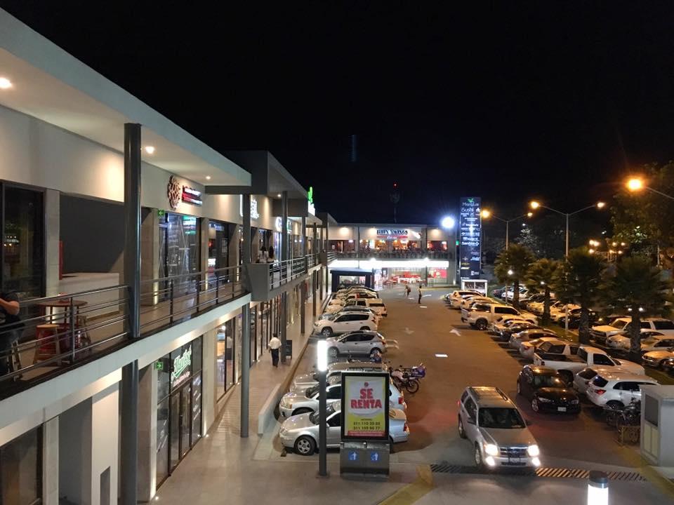 Bares de plaza Manglar deberán cerrar a las 12 de la noche - NTV