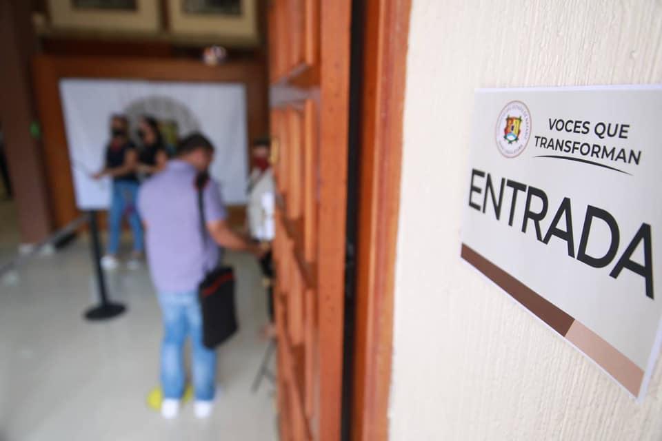 Congreso vuelve a abrir sus puertas a ciudadanos y sus demandas, confirma Alba Cristal