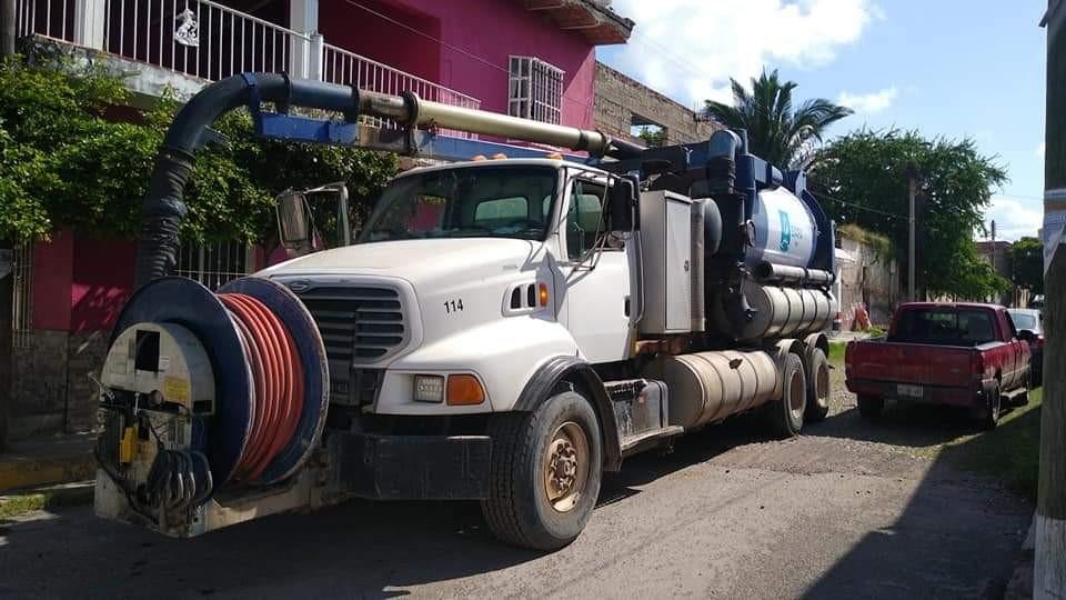 Gobierno de Tepic envía camión del SIAPA para ayudar en la zona norte